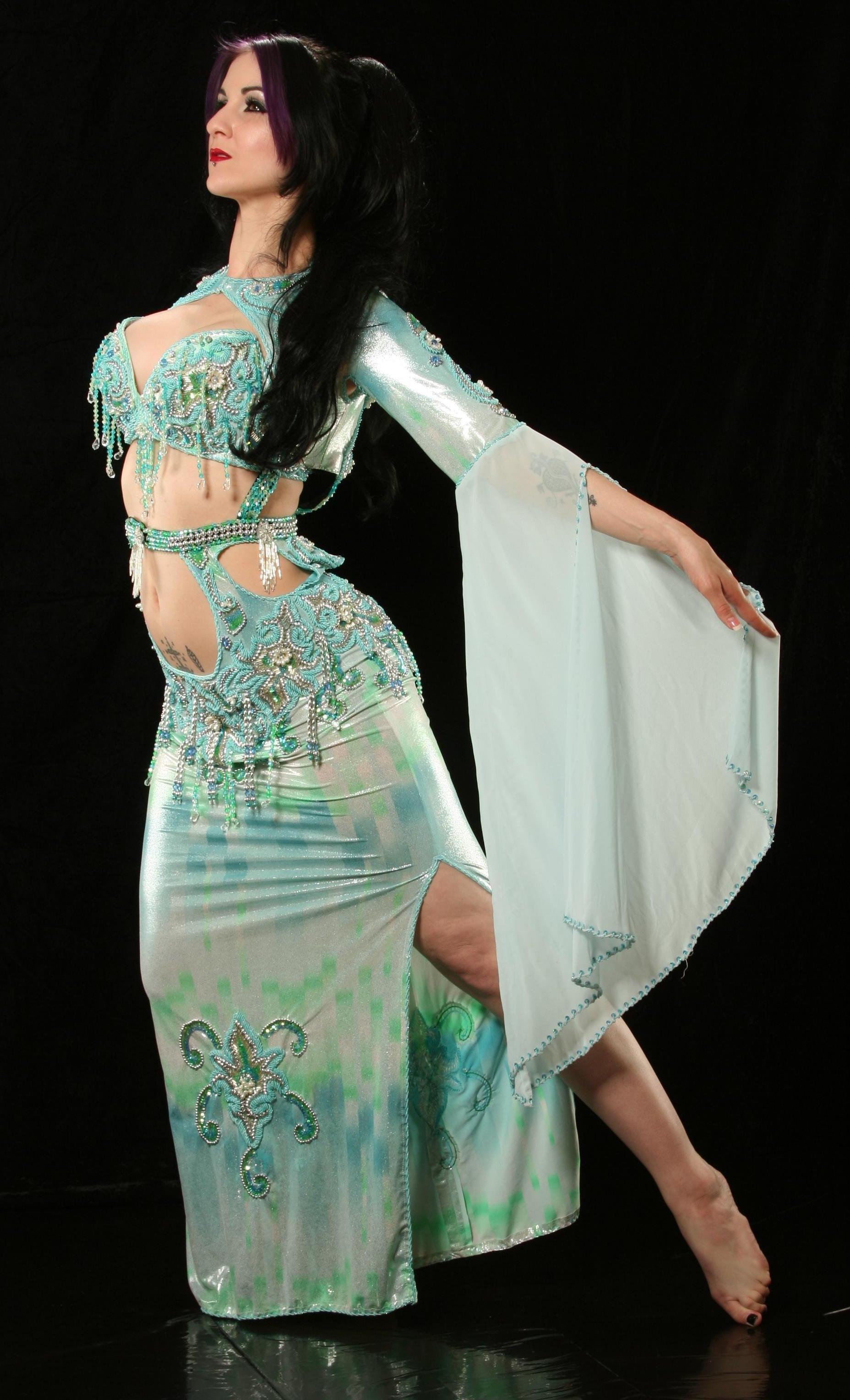 Connecticut Belly Dancer Maiiah