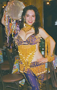 Belly dancer Sirica